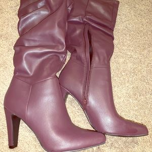 """Christian Siriano knee high, violet 3-4"""" boot NWOT"""